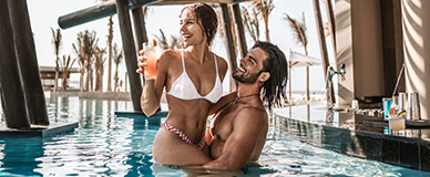 aic_website_HRHLosCabos_Lifestyle_Drinks by Pool